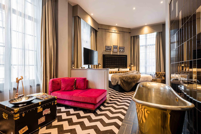 Hotel Gotham hotel room with roll top bath