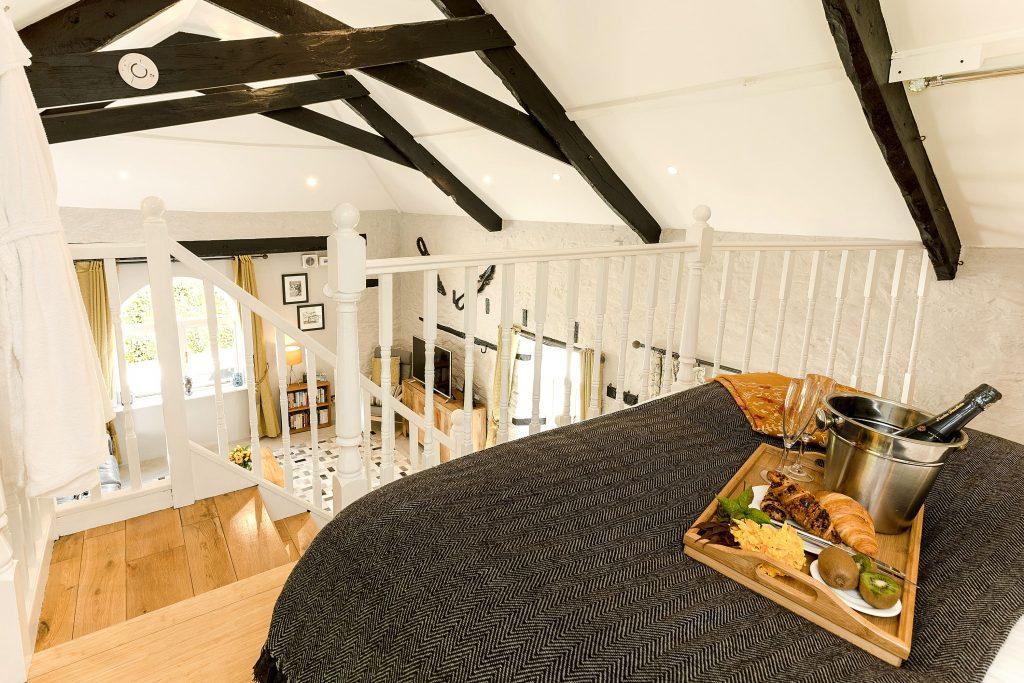 Kernock Cottages bedroom