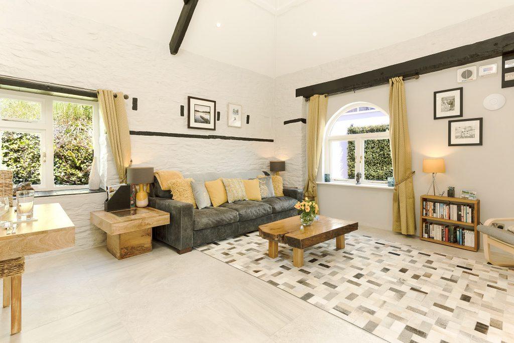 Kernock Cottages lounge